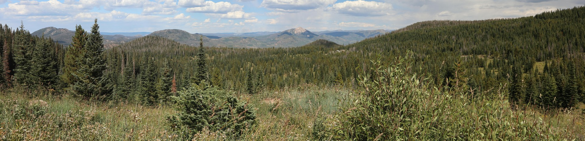 2017-08-26 Brush Mtn Lodge_Steamboat Springs-44_stitch