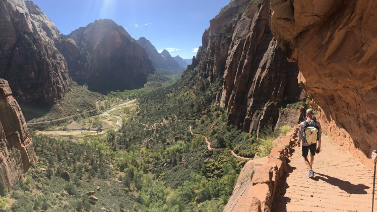2017-10-11 Zion NP-140