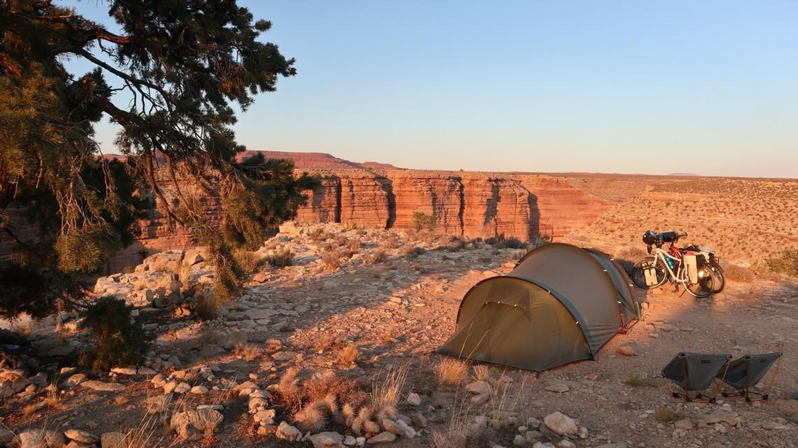 2017-10-26 Cameron_Wild Camp On The Edge-37
