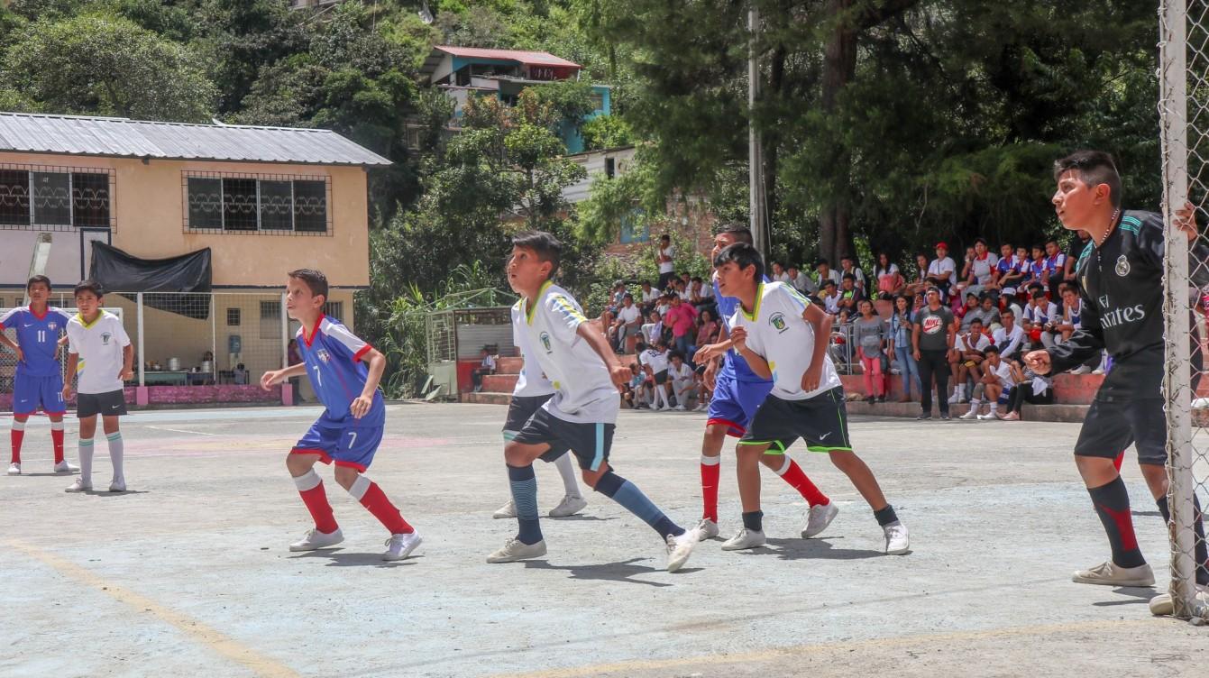 2019-04-09 Lojas_Vilcabamba-98